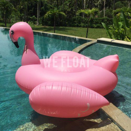 Giant-Pink-Flamingo-2-WeFloatBali